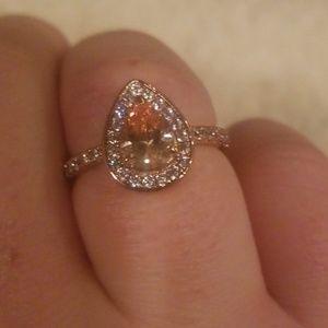 Jewelry - Orange pear cut rose gold ring size 8